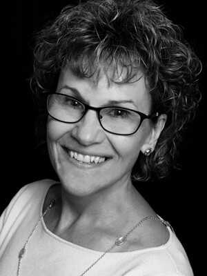 Brenda Bennett headshot